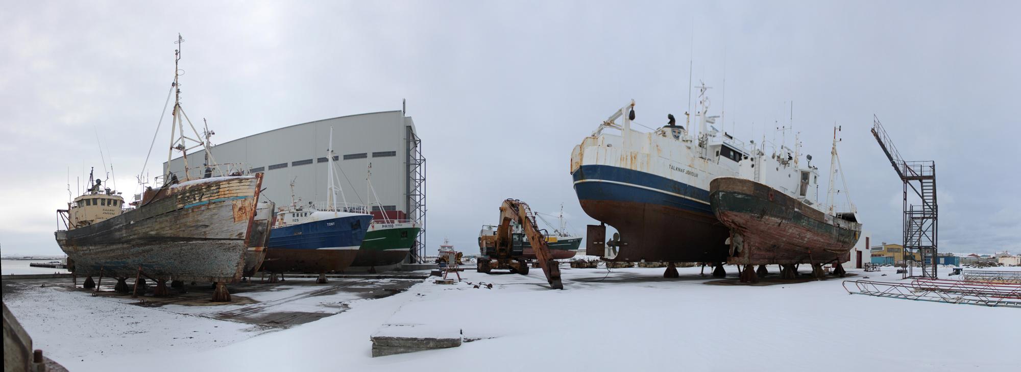 keflavik-ship-pano-2