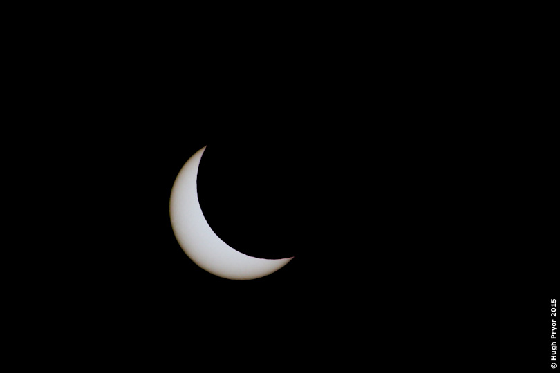Solar eclipse 2015 limb darkening